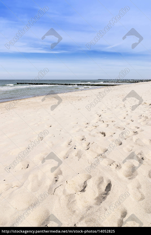 footprints, on, the, beach - 14052825