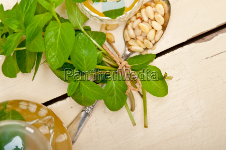 arab, traditional, mint, and, pine, nuts - 14056201