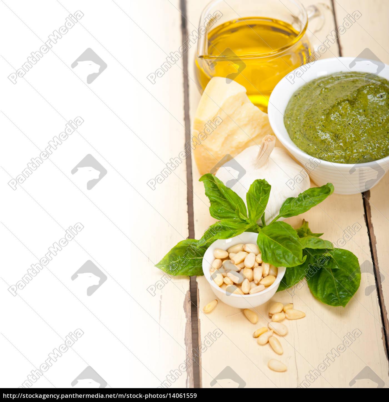 italian, basil, pesto, sauce, ingredients - 14061559