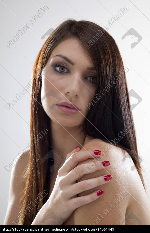 portrait, of, beautiful, woman - 14061449