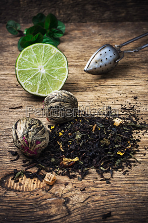tea, brew, with, lime, and, mint - 14061051