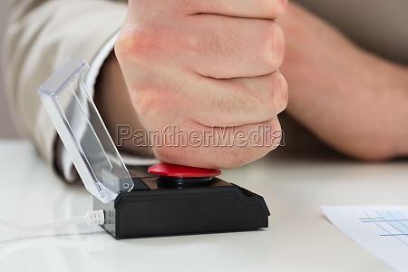 businessperson, hand, pressing, emergency, button - 14062467