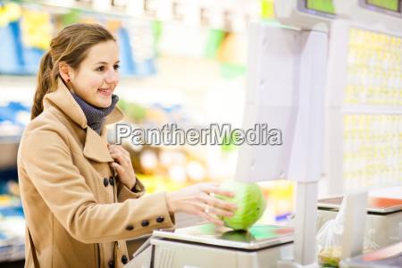 beautiful, young, woman, shopping, for, fruits - 14064675