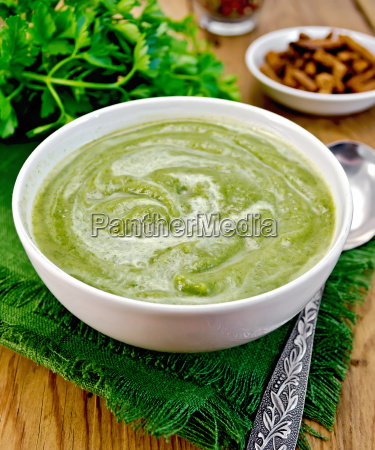 puree, green, in, a, bowl, on - 14064083