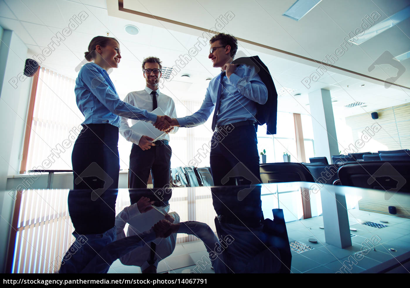 business, agreement - 14067791
