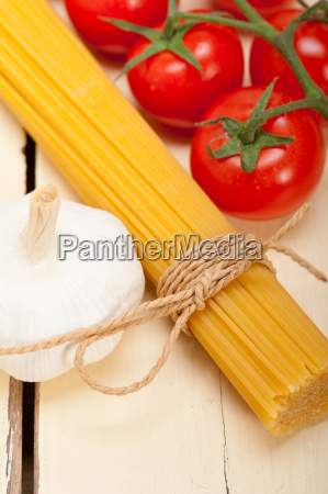 italian, basic, pasta, ingredients - 14067245