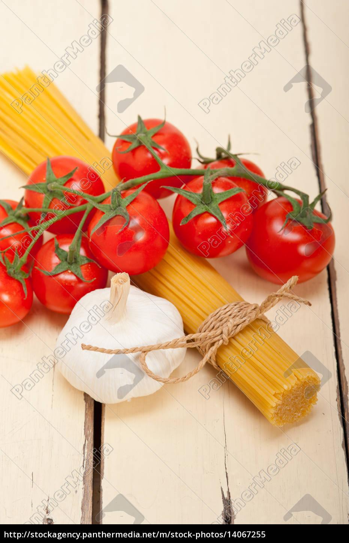 italian, basic, pasta, ingredients - 14067255