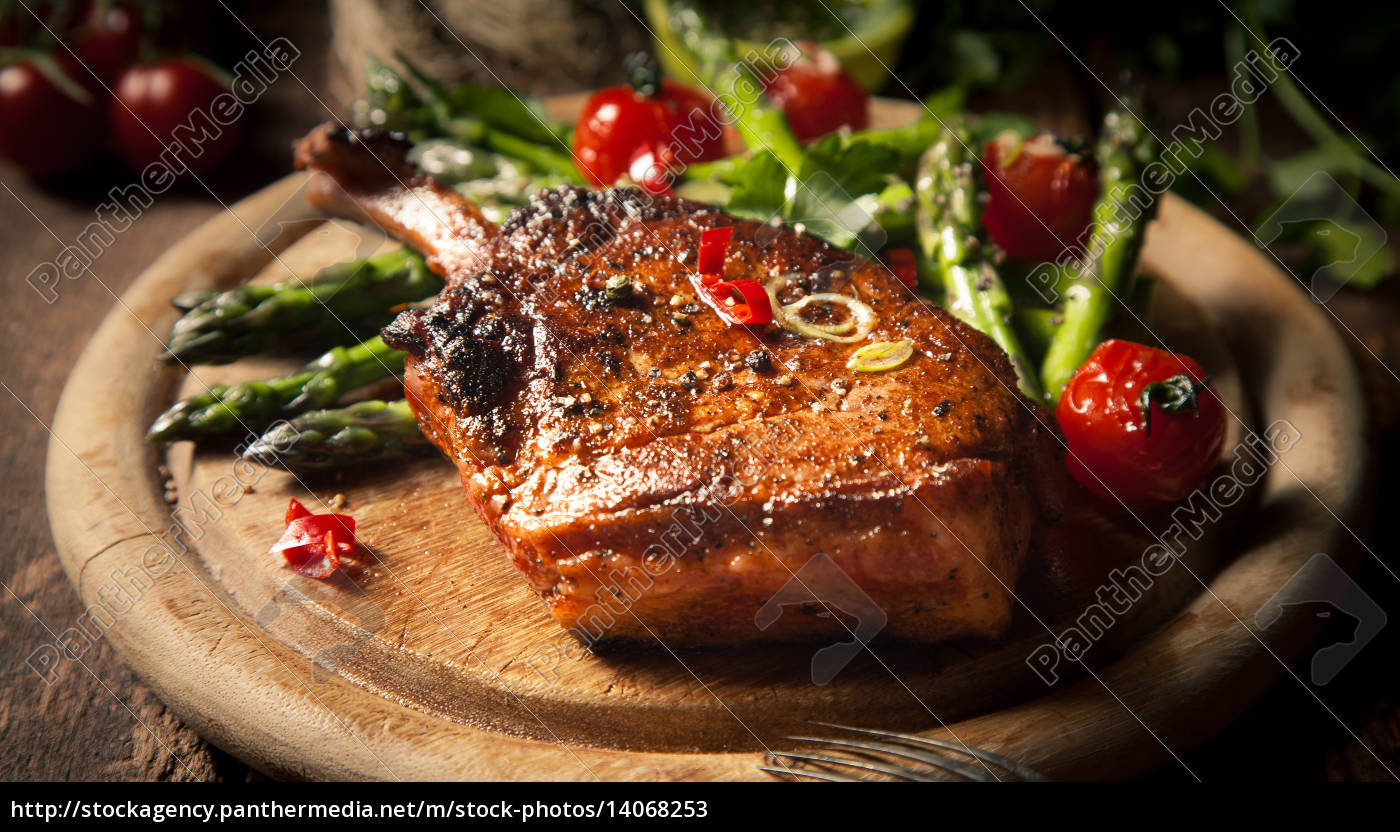 appetizing, grilled, veal, loin, on, wooden - 14068253