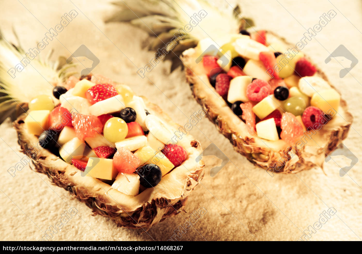 fruit, salads, in, pineapple, boats, on - 14068267