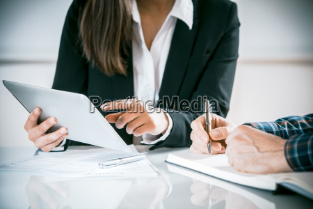 two, business, people, in, a, meeting - 14068121