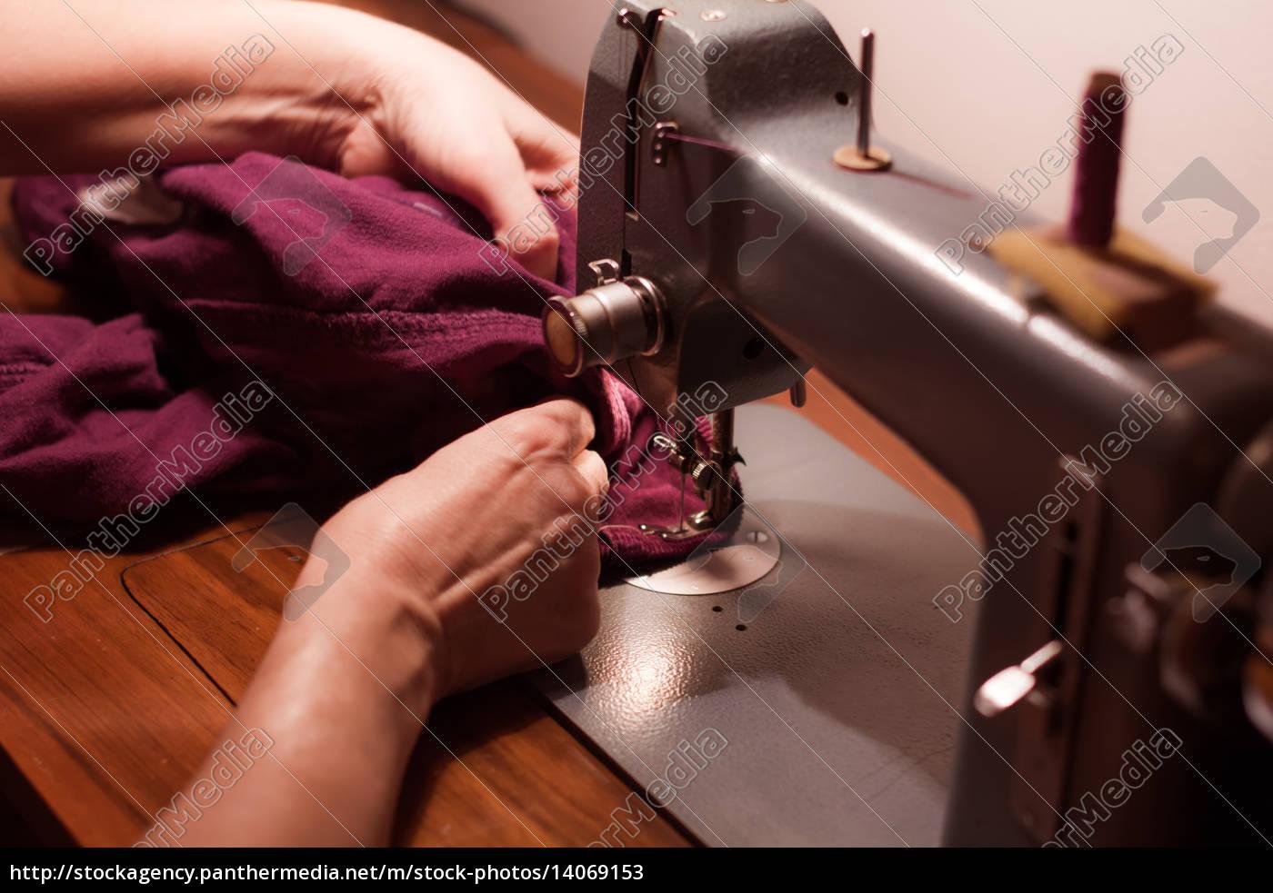 sewing, machine - 14069153
