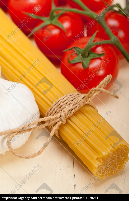 italian, basic, pasta, ingredients - 14070281
