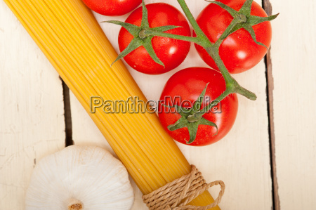 italian, basic, pasta, ingredients - 14070291
