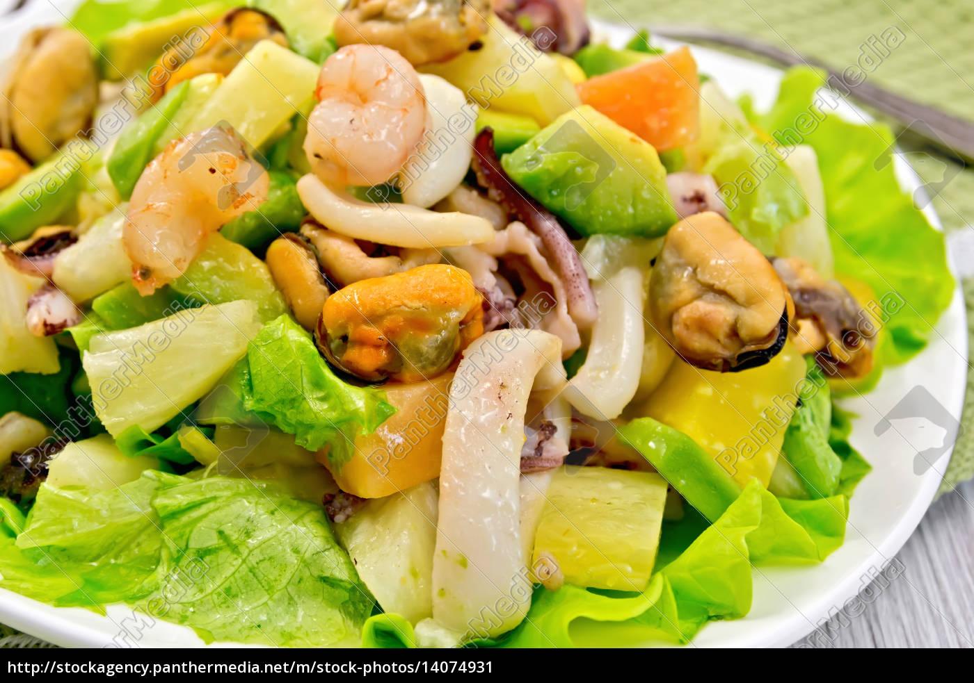 salad, seafood, and, lettuce, on, light - 14074931