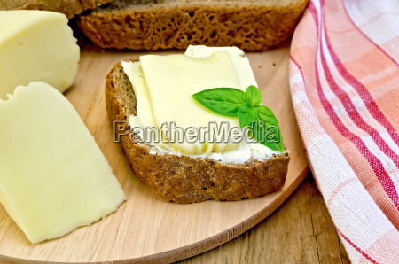 sandwich, with, cheese, suluguni, and, butter - 14075033