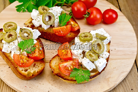 sandwich, with, feta, and, olives, on - 14075067