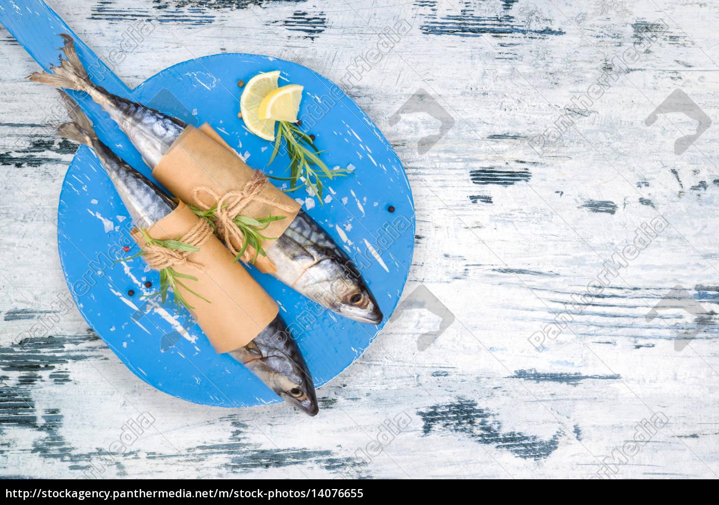 mediterranean, fish, eating. - 14076655