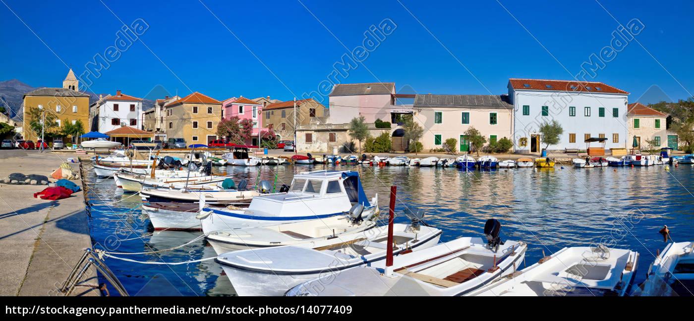 pictoresque, fishermen, village, of, vinjerac, panorama - 14077409