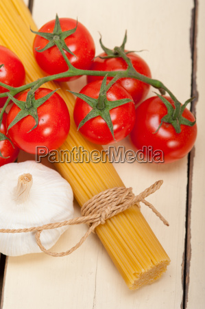 italian, basic, pasta, ingredients - 14078975