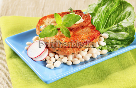 spicy, pork, chop, with, white, beans - 14079325