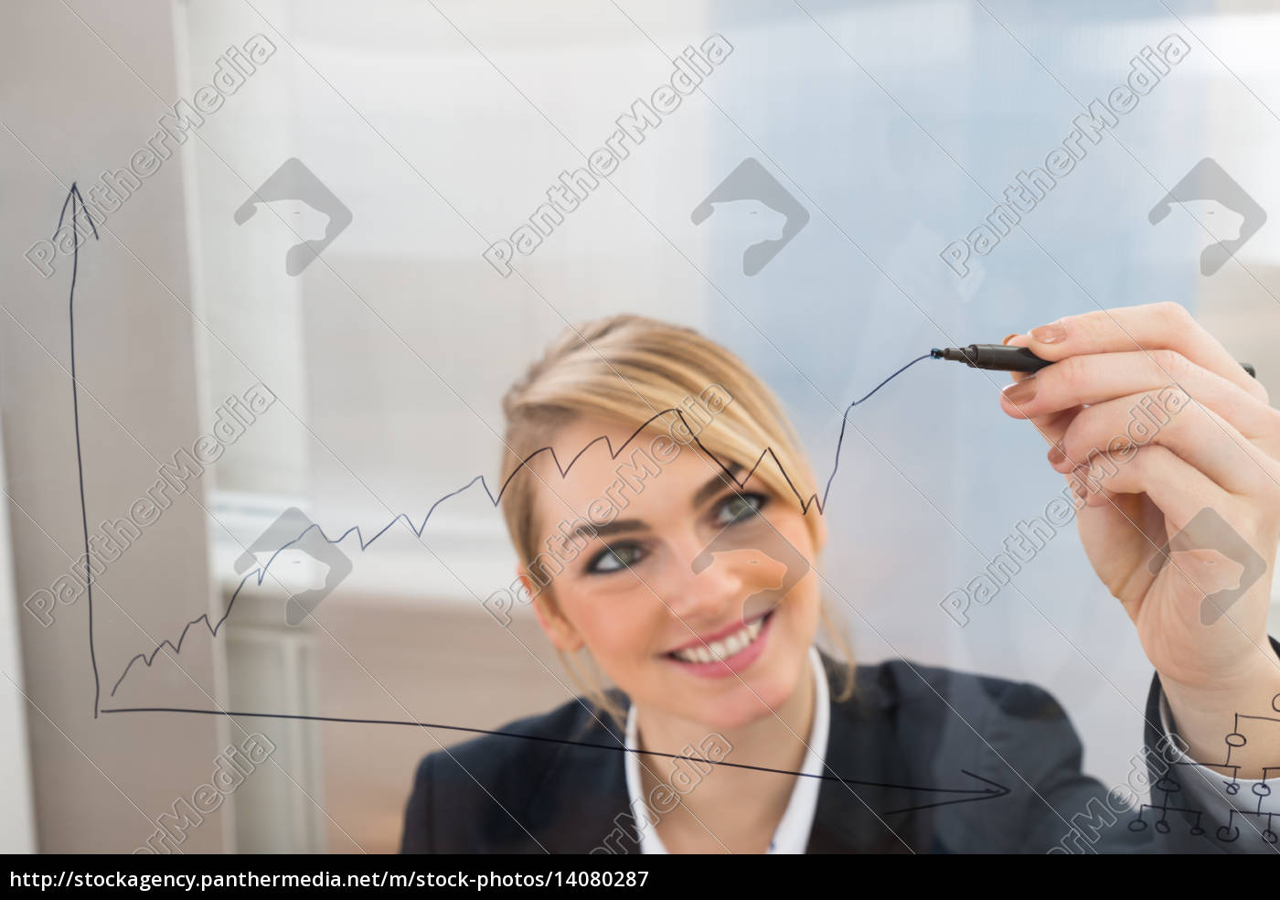 businesswoman, drawing, graph, on, glass, screen - 14080287