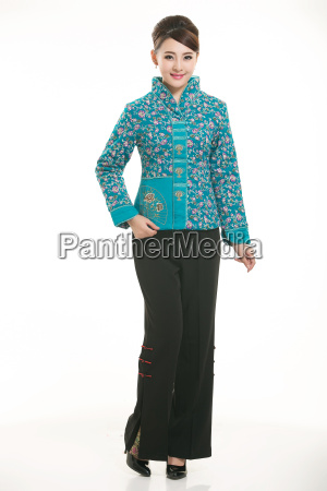 wearing, chinese, clothing, waiter, in, front - 14081409