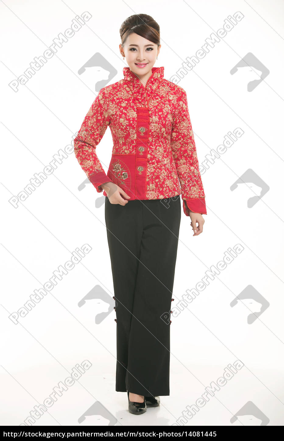 wearing, chinese, clothing, waiter, in, front - 14081445