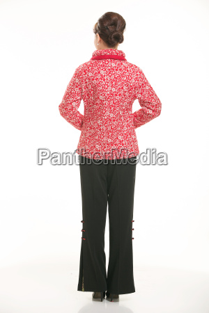 wearing, chinese, clothing, waiter, in, front - 14081591