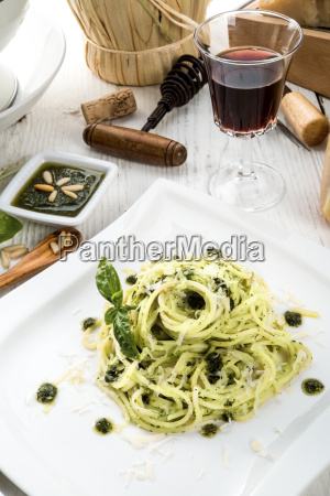pasta, with, pesto, alla, genovese - 14082197