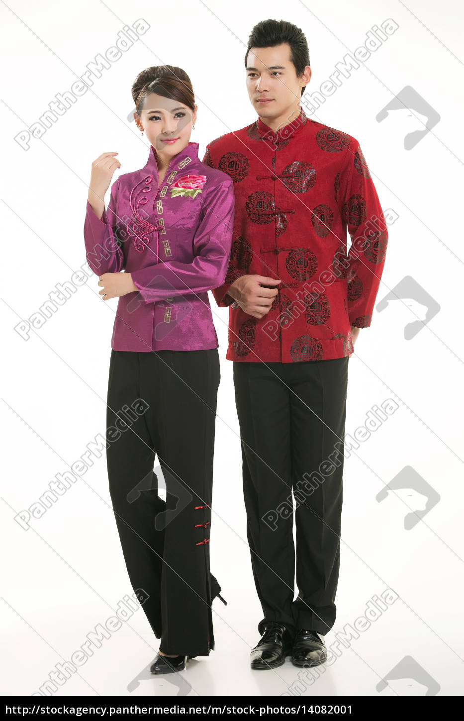 wearing, chinese, clothing, waiter, in, front - 14082001