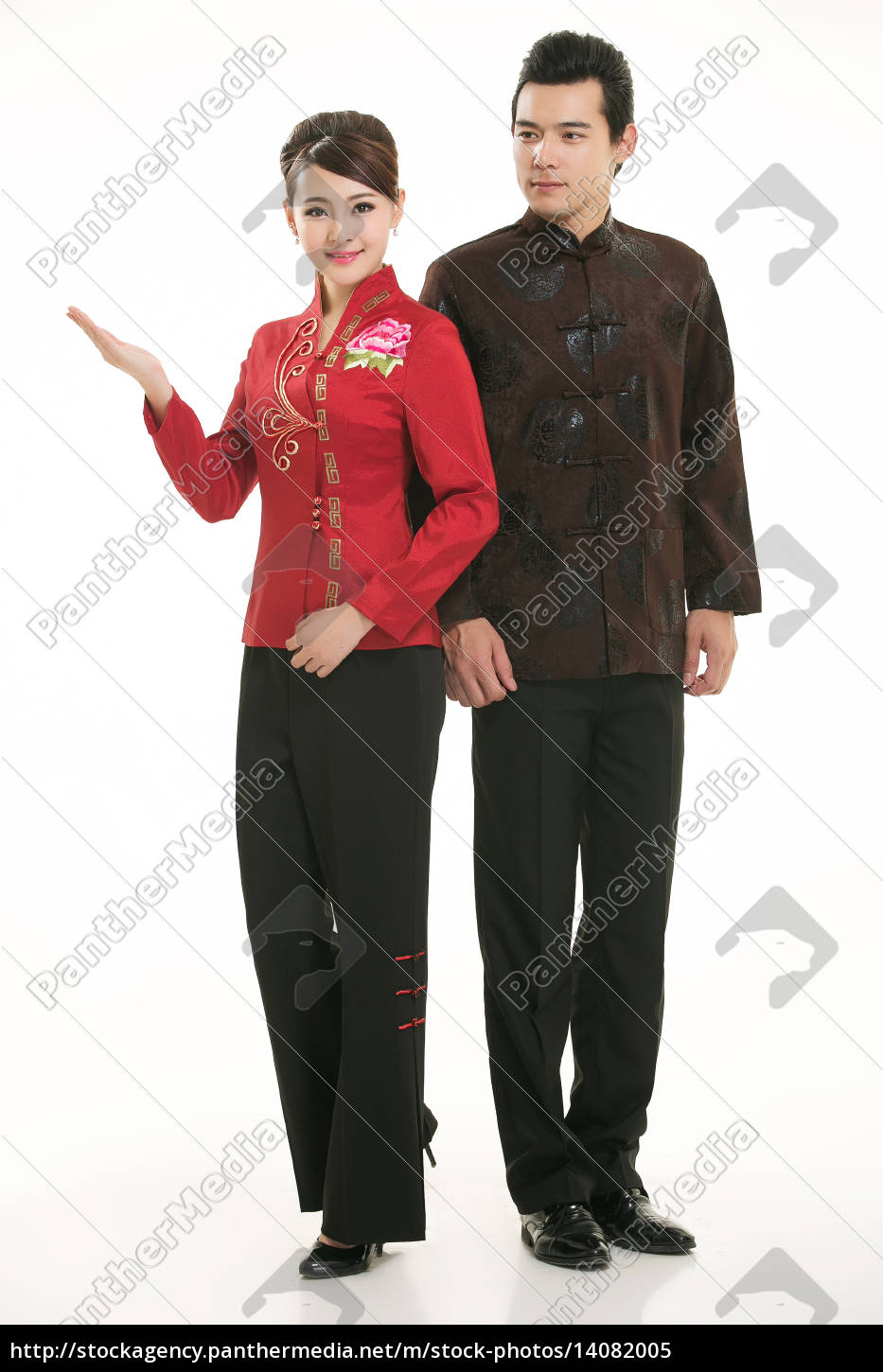 wearing, chinese, clothing, waiter, in, front - 14082005