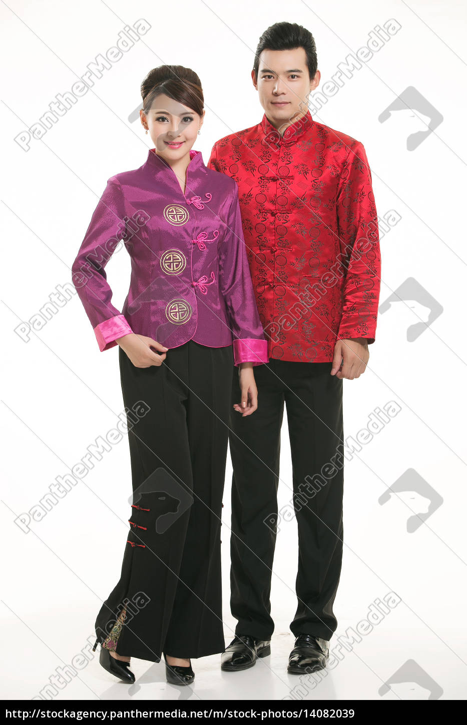 wearing, chinese, clothing, waiter, in, front - 14082039