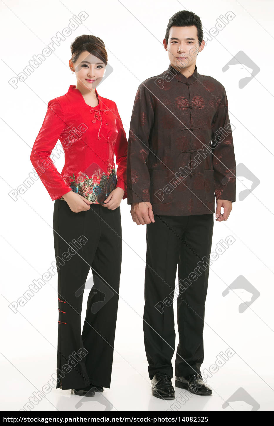 wearing, chinese, clothing, waiter, in, front - 14082525