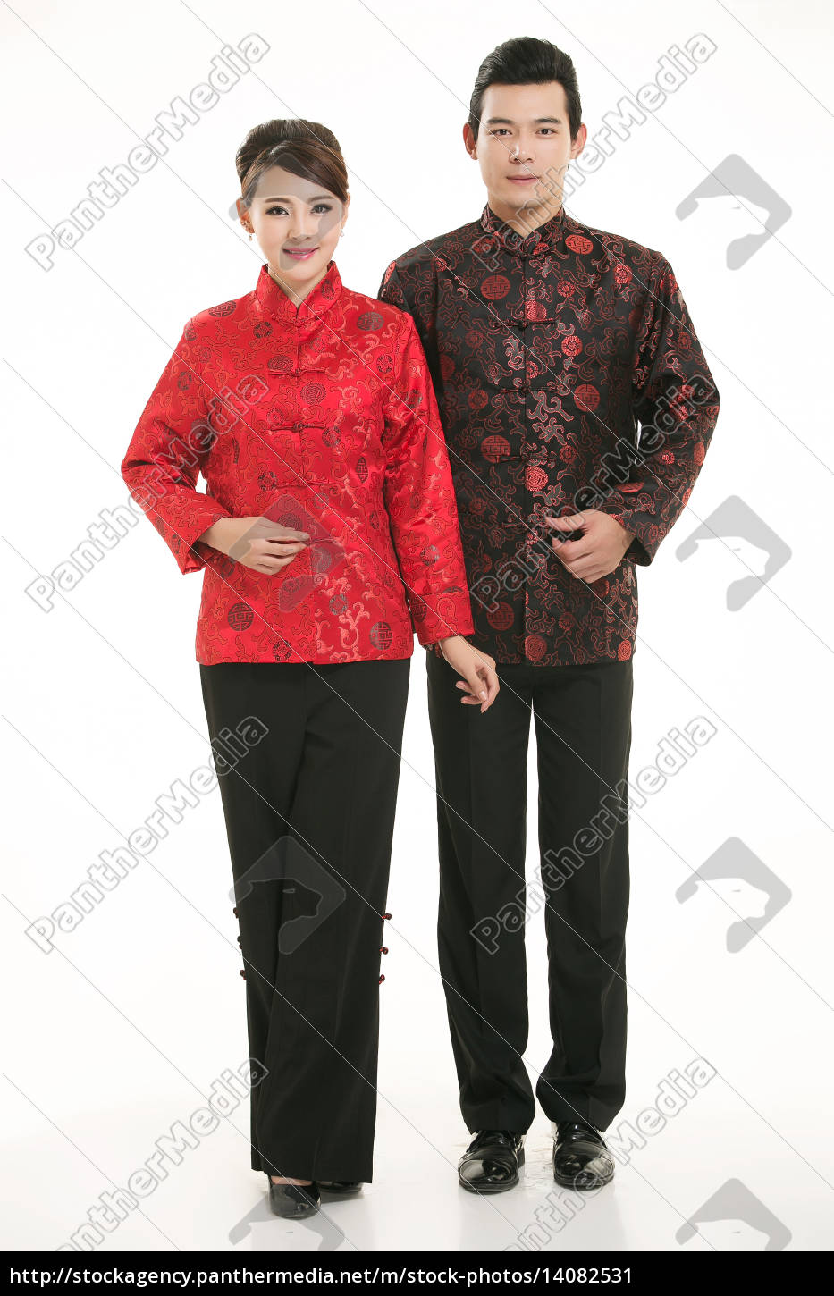 wearing, chinese, clothing, waiter, in, front - 14082531