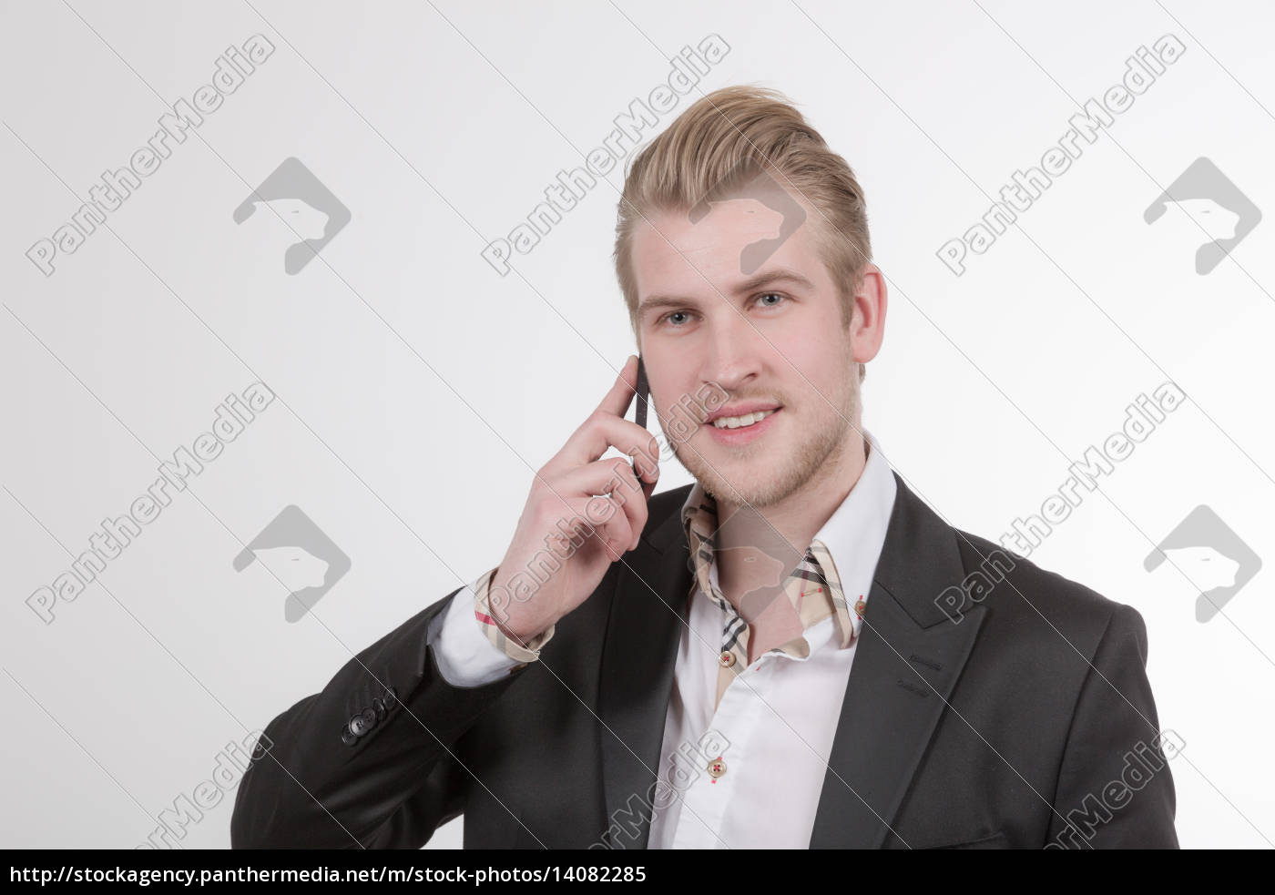 young, businessman, phoning - 14082285