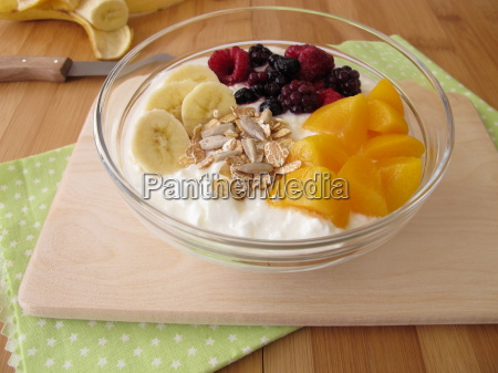 thick, milk, with, fruits, cereal, flakes, and - 14084765