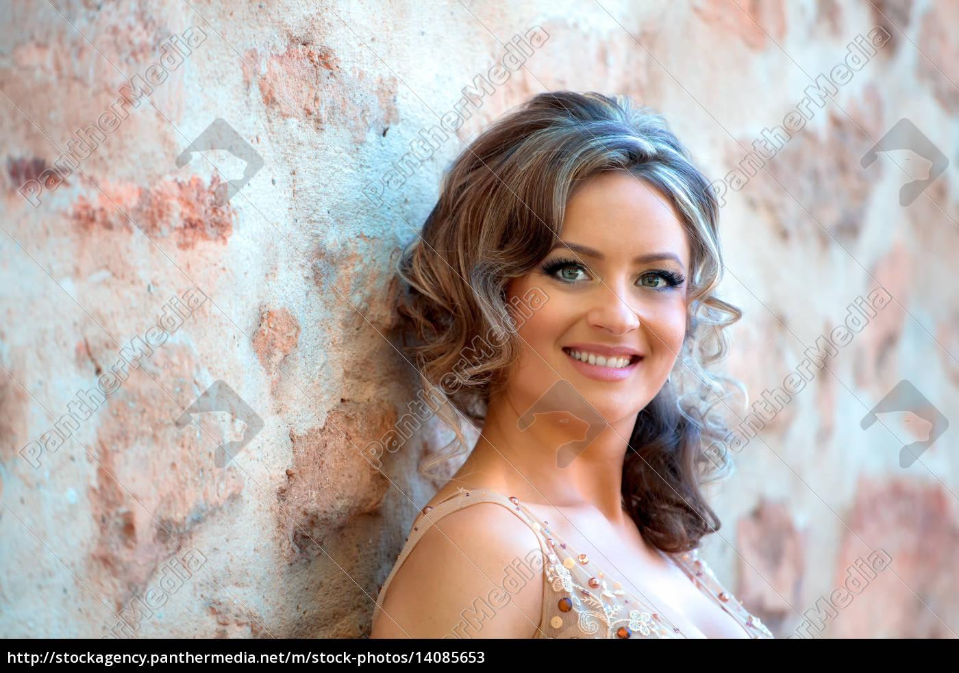 beautiful, bride, portrait - 14085653