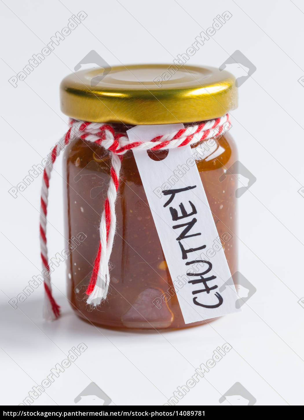 onion, pineapple, chutney, isolated, as, cut - 14089781