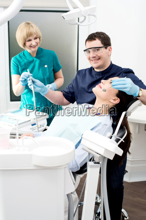 young, woman, at, the, dentist - 14089209