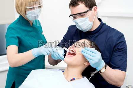 young, woman, undergoing, a, dental, check - 14089121