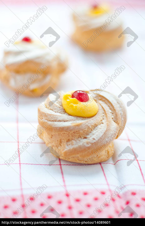zeppole, san, giuseppe, typical, sweet, italian - 14089601