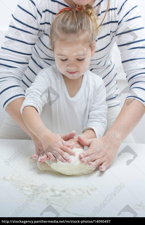 , teamwork, kneading, dough - 14090497