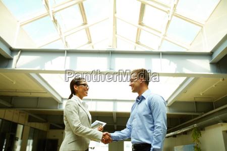 handshaking, after, negotiation - 14090119