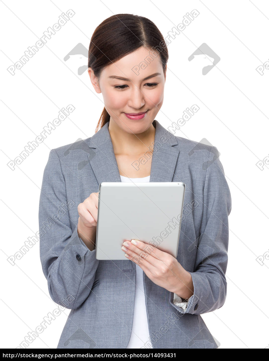 asian, businesswoman, use, of, digital, tablet - 14093431