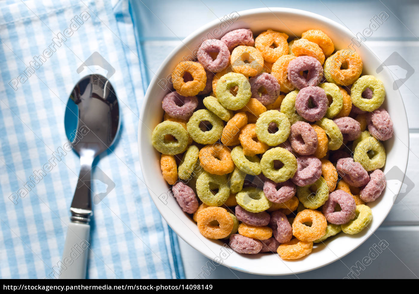colorful, cereal, rings, in, bowl - 14098149