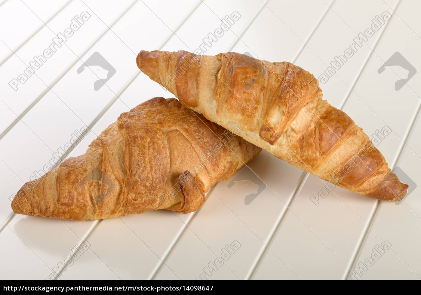 sweet, croissant, with, chocolate - 14098647