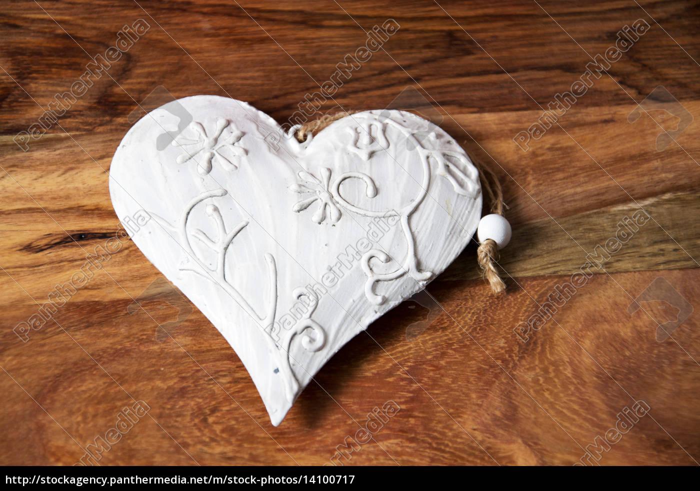 love - 14100717