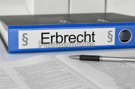 folder with the inscription erbrecht