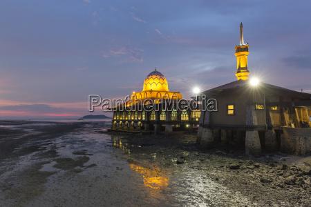 masjid al hussain in kuala perlis