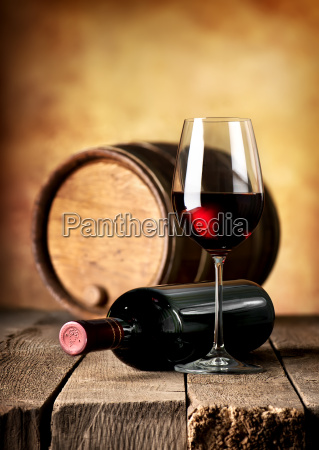 wine and cask on table